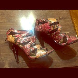 Pink/gold animal print heels